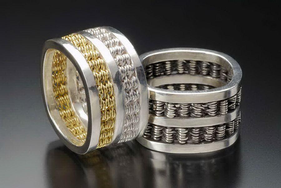 Широкие кольца с камнями фото